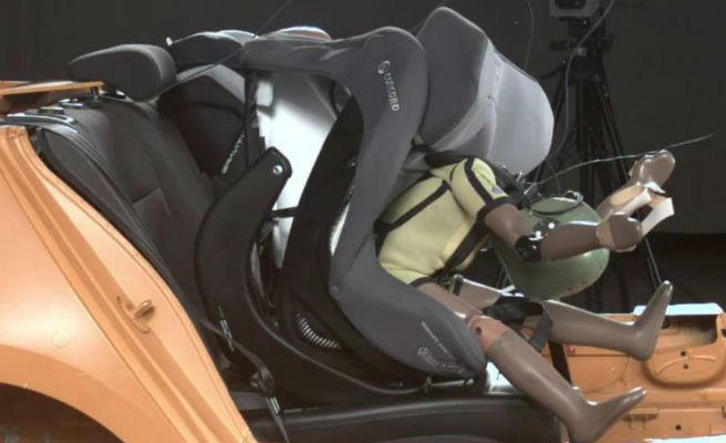 Detectan dos modelos de sillas de retención infantil que no aguantan accidentes frontales