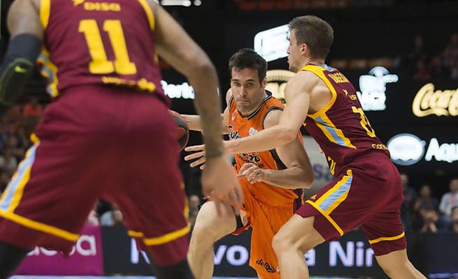 CRÓNICA   Sam Van Rossom acerca a Valencia Basket a su séptima semifinal