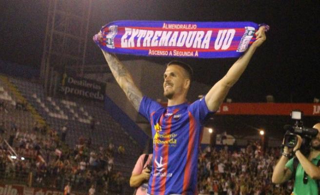 El Extremadura confirma que fue víctima de un intento de amaño en su partido contra el Cartagena