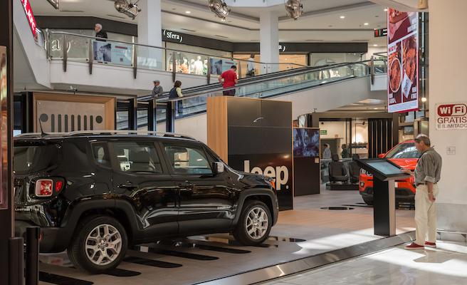 """Jeep inaugura la primera """"Jeep Digital Store"""" en el centro comercial La Vaguada, en Madrid"""