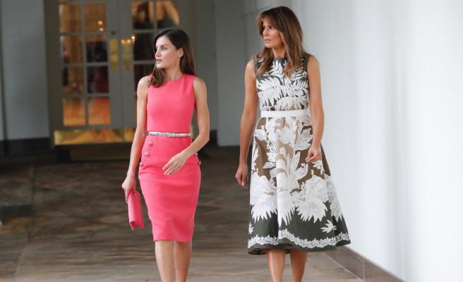 La Reina se pone un vestido para ir a la Casa Blanca que ya llevó Melania Trump