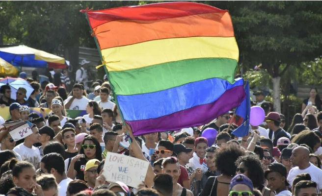 La Felgtb aplaude que el TC avale que los menores 'trans' puedan cambiar de sexo en los registros