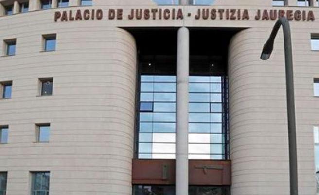 Destierran de un pueblo de Navarra a un jubilado por realizar tocamientos a una niña de 12 años