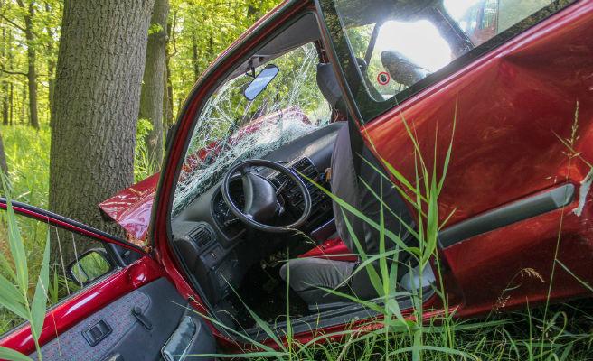 Catorce muertos y diez heridos en accidentes de tráfico este fin de semana