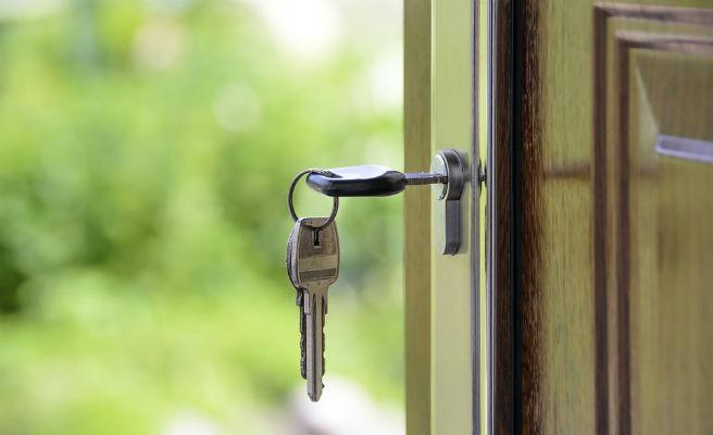 Cómo blindarse contra los robos en el hogar en época de verano