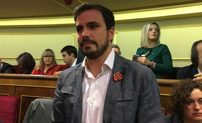 Alberto Garzón ya es padre de una niña