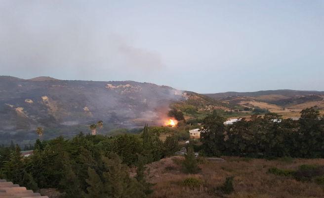 Desalojadas 400 personas de un hotel por un incendio en Málaga