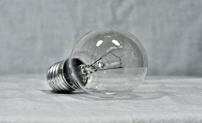 La luz bajó un 8,2% en julio