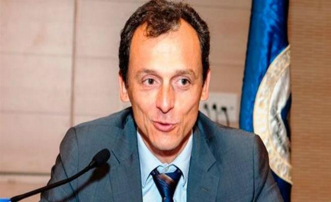 """Un senador pregunta a Pedro Duque si """"viajar al espacio afecta a la inteligencia"""""""
