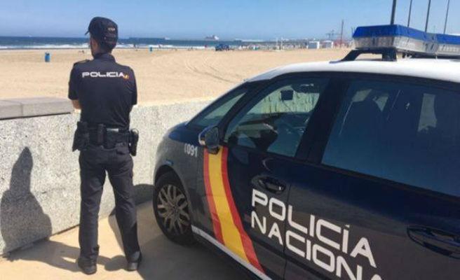 La Policía detiene en Málaga a un hombre por fotografiar y grabar a niñas desnudas