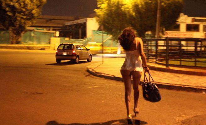 La prostitución abandona el club de alterne y se muda a pisos clandestinos en Madrid