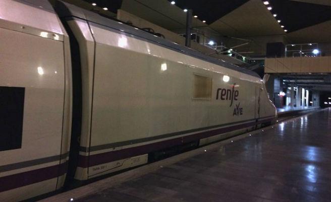 Renfe ofrece desde mañana 440 plazas para viajar en agosto en el Trenhotel del Peregrino y obtener la Compostela
