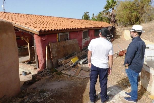 El Cabildo visita el proyecto EcoGranja La Aldea que realiza Aldeas Infantiles en El Tablero