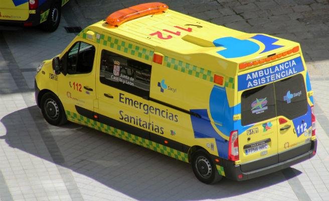 Ambulancias y camiones de bomberos llevarán luces azules desde hoy