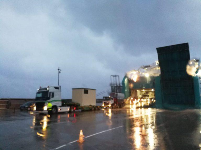 33.000 personas continúan sin luz en Menorca por culpa de un tornado