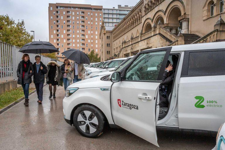 La flota municipal se renueva con 21 nuevos coches eléctricos