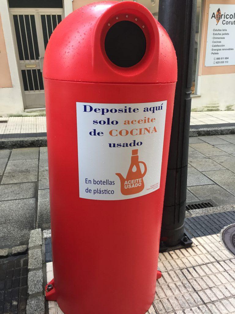 A Guarda instala nuevos puntos de recogida de aceite usado