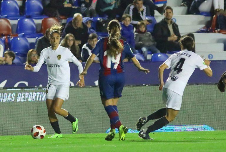 El derbi valenciano de Liga Iberdrola acaba en tablas ante 20.198 espectadores