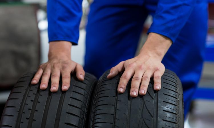 Cómo seleccionar los mejores neumáticos para el vehículo