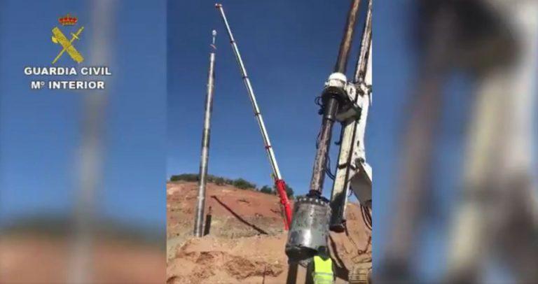 Se retrasa la entrada de los mineros que rescatarán a Julen: hay que volver a perforar