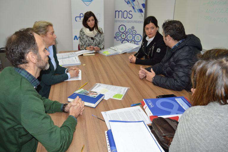 Los 100 participantes en el nuevo Programa Integrado de Empleo del Concello de Mos realizan entrevistas personales con el equipo técnico para iniciar su itinerario laboral
