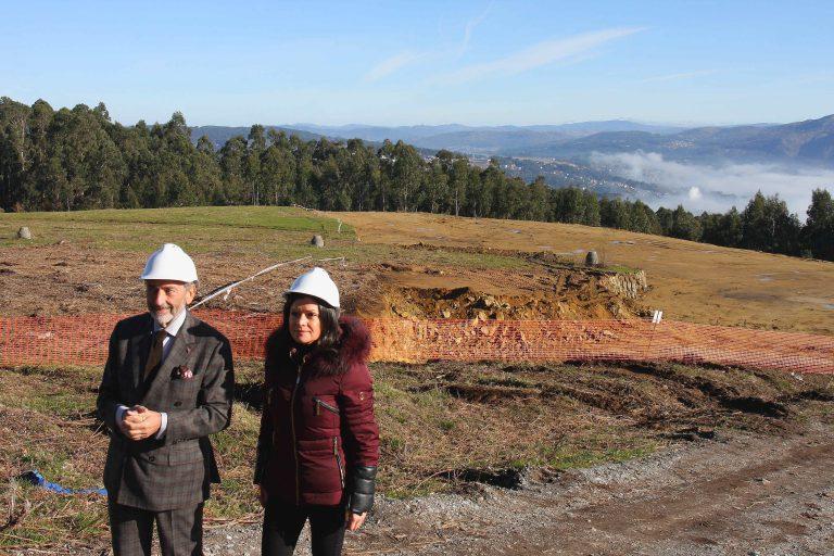 Carlos Mouriño y Nidia Arévalo verifican sobre el terreno los avances de la ciudad deportiva del RC Celta