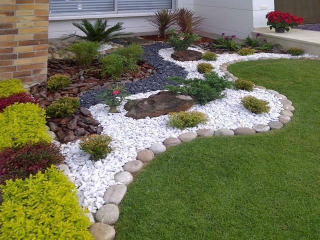 C mo decorar un jard n econ micamente qu for Decoracion de jardines pequenos con flores