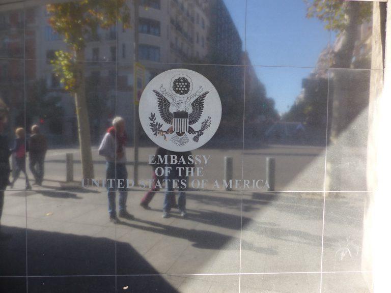 Estados Unidos alerta a sus ciudadanos de un depredador sexual en España