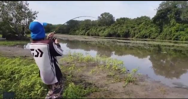 Pescando en un río de Australia