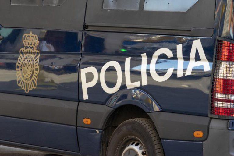Detenido por fracturar la cadera y el fémur a su padre de 84 años en Málaga