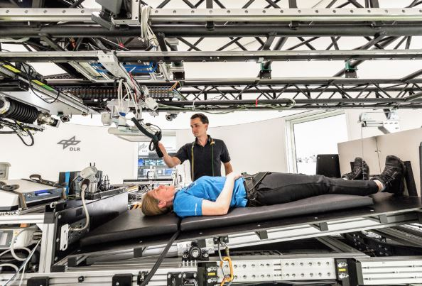 La NASA busca voluntarias para pasar dos meses en la cama y cobrar 16.500 euros