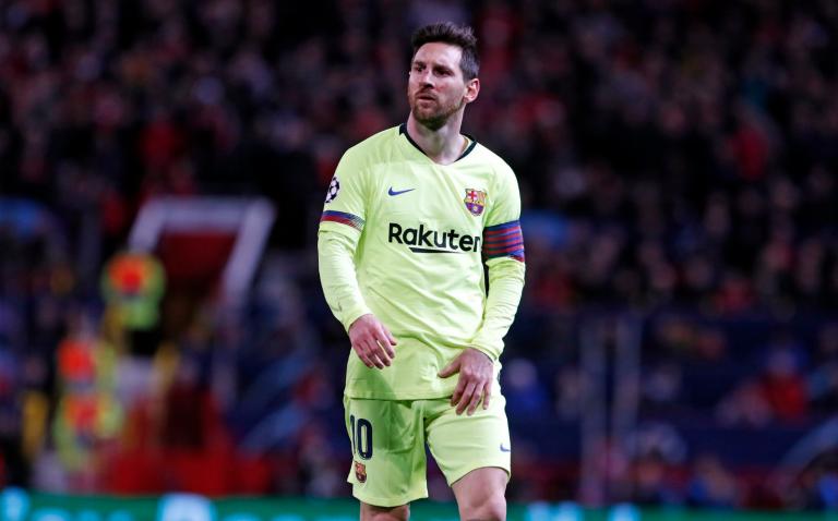 Messi sufre una elongación del aductor de la pierna izquierda