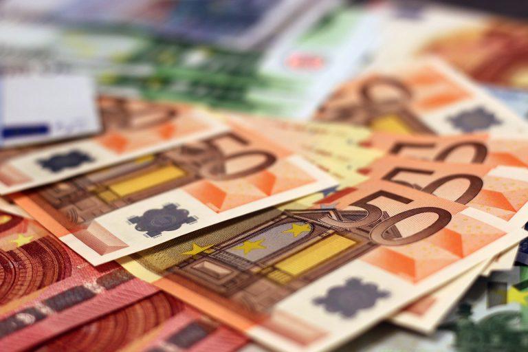 El saldo por cuenta corriente registró un déficit de 3.300 millones hasta mayo