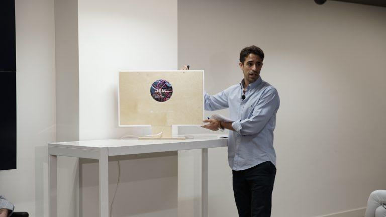 IEM, el primer ordenador con esclerosis múltiple