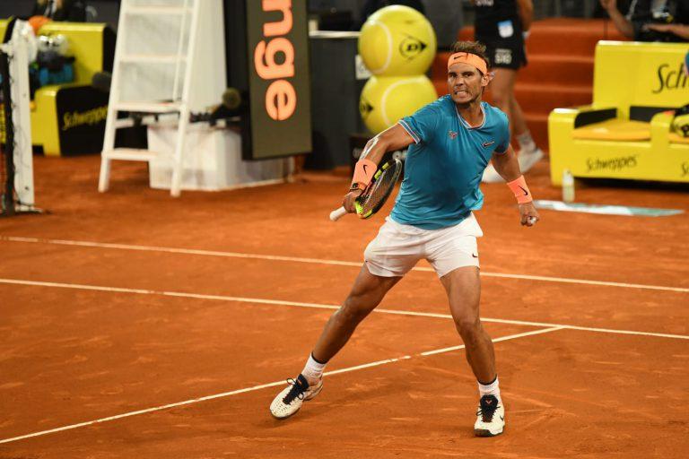 Djokovic, Federer y Nadal avanzan a cuartos en Madrid