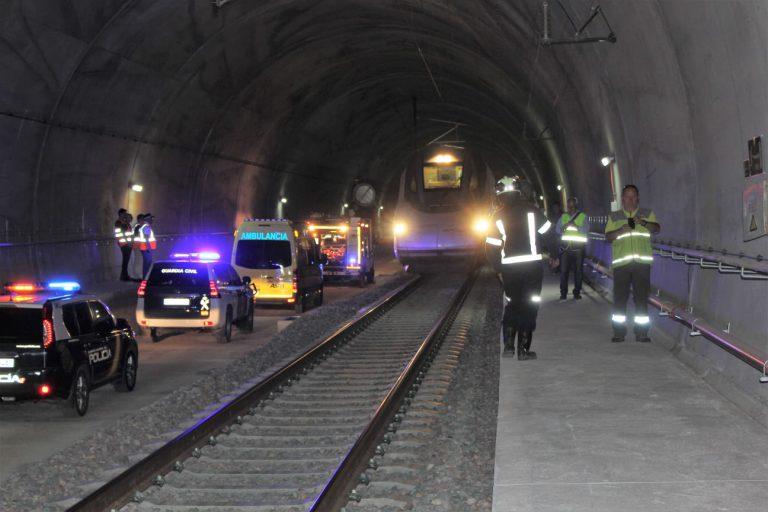 Ave a Granada: Simulacros de emergencia en los túneles de Quejigares y Archidona