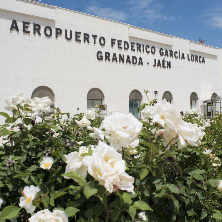 El aeropuerto de Granada continúa el aumento de pasajeros