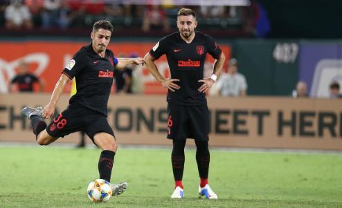 El Atleti estrena su gira americana con victoria en los penaltis ante Chivas