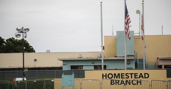 Amnistía exige el cierre del centro de detención de menores migrantes de Homestead de EEUU