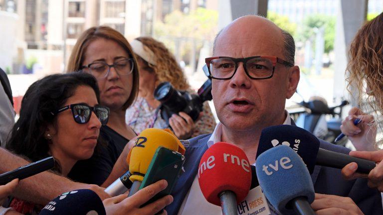 """Los nacionalistas exigen que Canarias """"se desvincule turísticamente de la marca España"""" antes de perder más mercados turísticos"""