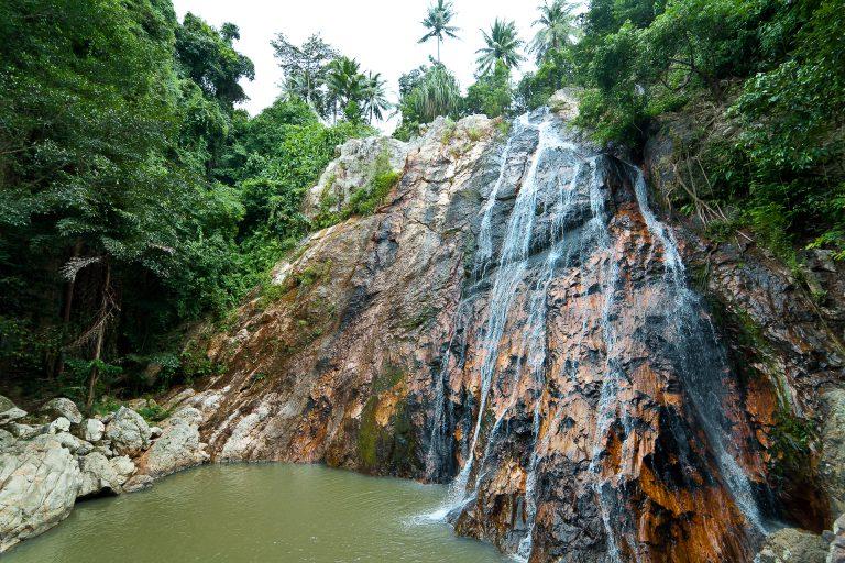 Muere un joven español al resbalarse en una cascada en Tailandia