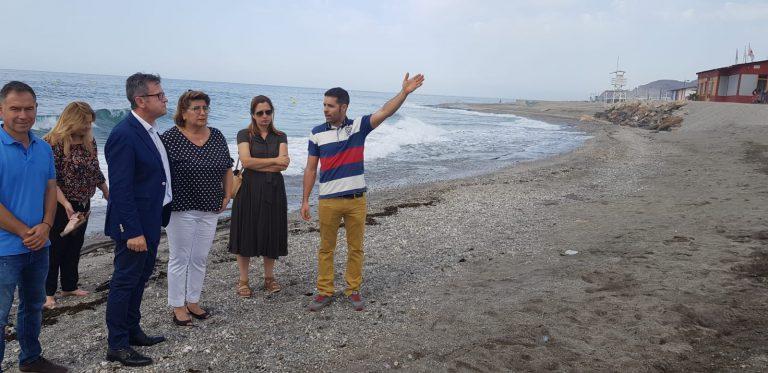 Varias playas del litoral de Granada, afectadas por los últimos temporales