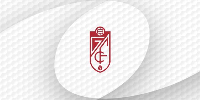 Los abonados del Granada CF ya pueden acceder al campo con su móvil
