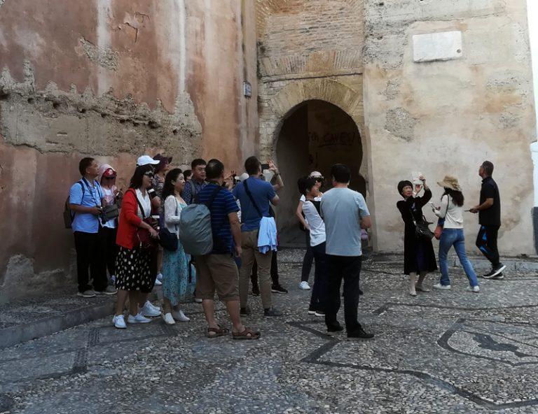 Radiografía del turismo en Granada: ¿Qué buscan los turistas?
