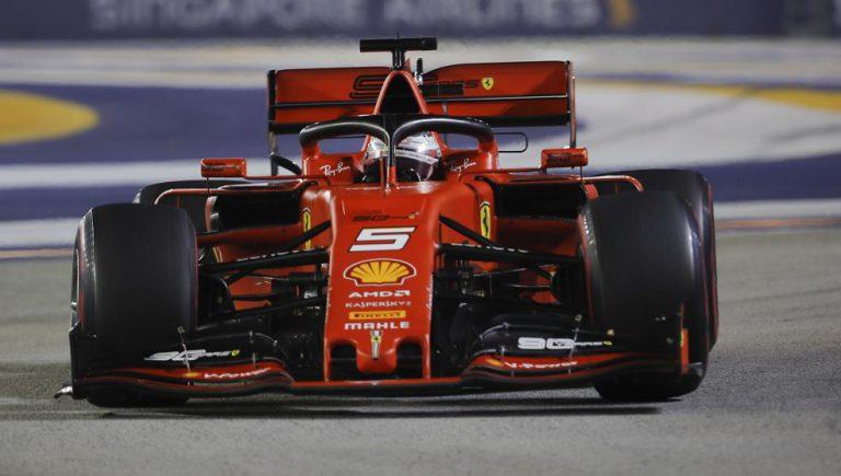 Ferrari hace que Vettel gane en Singapur por delante de su compañero Lecrec