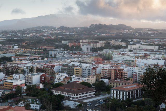 Resultado de imagen de El Ayuntamiento de La Laguna elaborará el primer Plan Municipal de Vivienda y Suelo