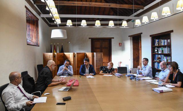 La Laguna propone restituir a los funcionarios municipales represaliados por el franquismo