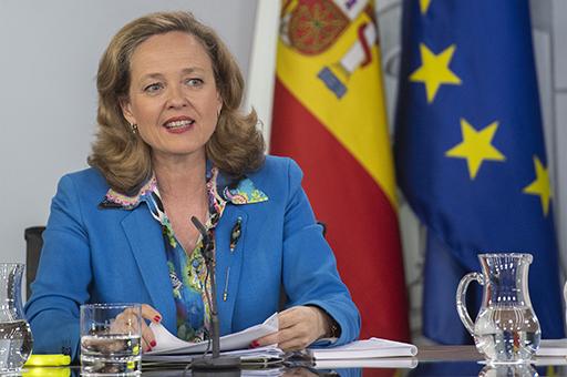 """Calviño celebra que el """"gran acuerdo"""" europeo ayudará a """"reorientar"""" la economía a un crecimiento """"más inclusivo y sostenible"""""""