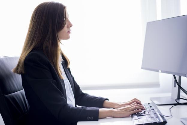 Cómo crear tu página web desde cero y subir posiciones en Google
