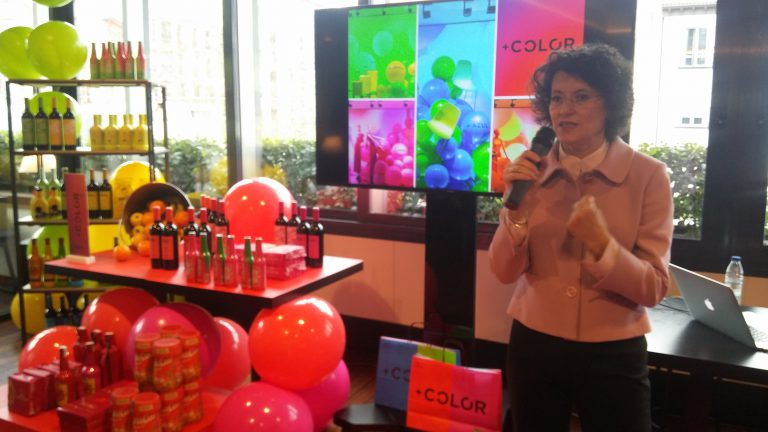 +COLOR, una iniciativa que inunda de color los centros de El Corte Inglés